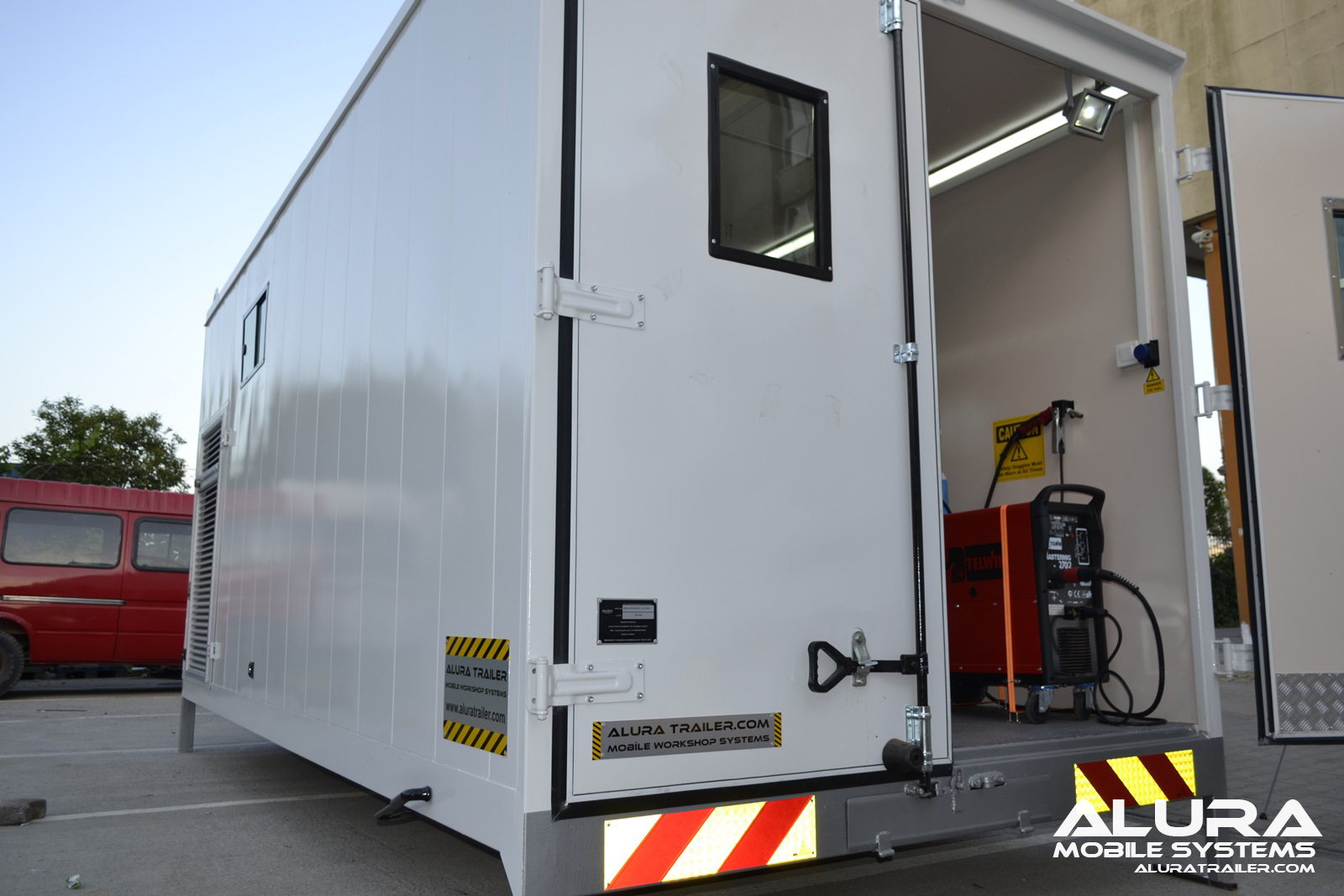 Alura trailer turkey mobile workshop body for Rv workshop